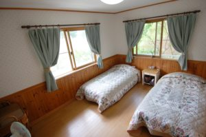 10㎡ wide room with 100cm wide beds available